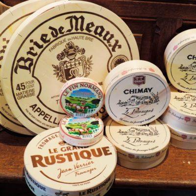Franse kaas, Italiaanse kaas, verse kaas of blauwschimmelkaas wij hebben het allemaal